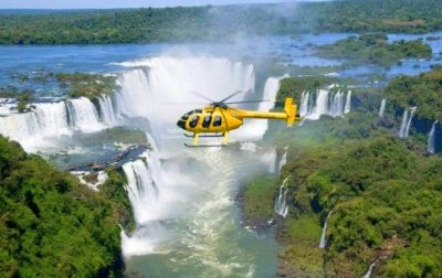 helicopter-over-iguazu-falls0